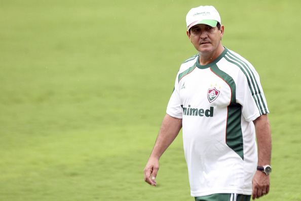Muricy shocks Brazilian football by quitting as coach of Fluminense less than four months after winning league title with them