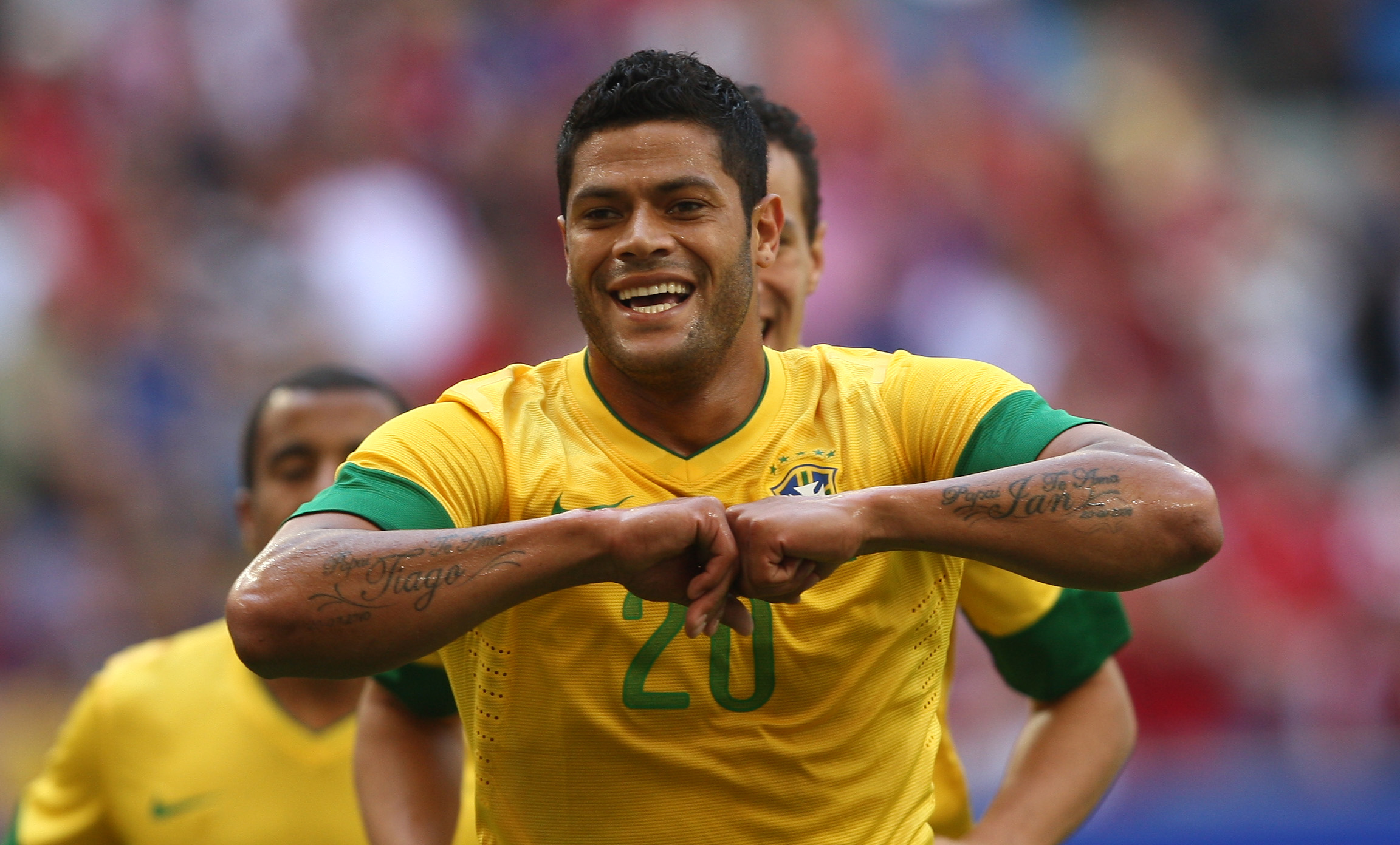 RS5005 JOGO01 RUMOUR: Arsenal have a £26.5m bid for Hulk accepted by Zenit, medical before the World Cup [NBC Sports]